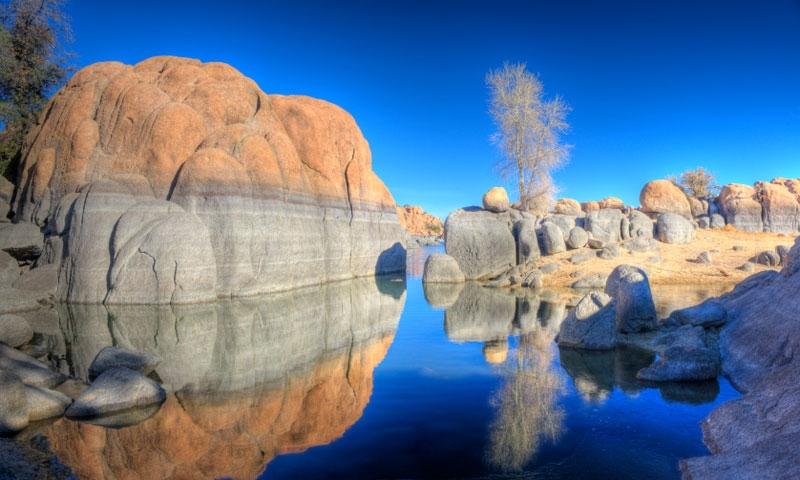 Willow Lake and the Granite Dells