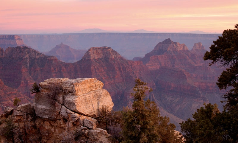 Bright Angel Viewpoint along the North Rim